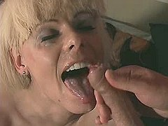 Exotic shemale gets cumload on face